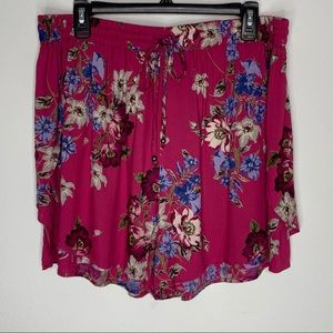 Angie Pink Floral Shorts Size 1X NWOT